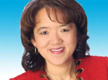 AT&T's Anne Chow: Defying Stereotypes to Lead at Sales