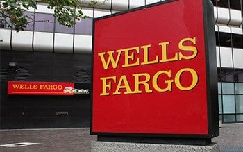 Wells Fargo Brings Holiday Cheer to Nonprofits