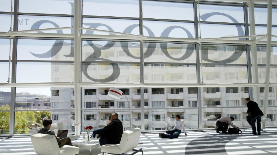 Google Employees Compile Data Illustrating Gender Wage Gap